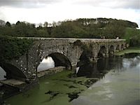 arched bridge